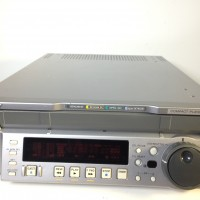 J30 SDI multiformat Player with 1493 hrs - 3 months wararnty