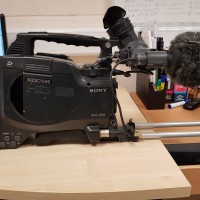 PDW-F350 XDCAM + DXF-20W VIEWFINDER  AND Sony Mic and Rycote Softie and  Portabrace bag