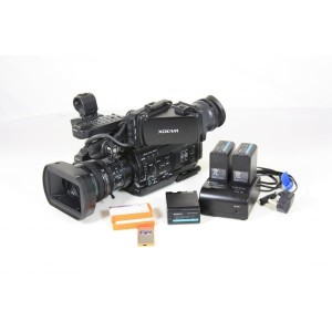 Sony PMW-300K1 (822 hrs) w Viewfinder Included:  2x 32 GB SXS CARDS, 3x BP-U60 BATTERIES, SWIT S-3602U CHARGER