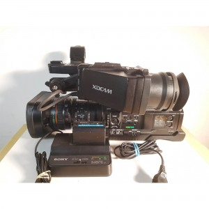 Sony PMW-300K1 (793 hours) w battery and charger