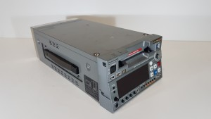DVCPRO VIDEO RECORDER, DVCPRO HD Half rack VTR,