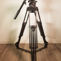 Fluid head VIDEO 18 III + carbon fiber legs + ground-spreader - 3 months warranty