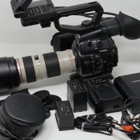 canon C300 with professional lens complete kit