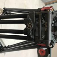As new Cine long 150 mm bowl tripods