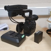 Excellent condition,1x BP-A60 Battery and 1x Sony CG-A10 Double Charger.