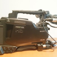 XDCAM HD Camcorder with VFR, Microphone, bars and support