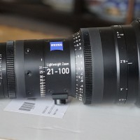 EF mount Lightweight zoom lens - less than 2 years old, excellent condition