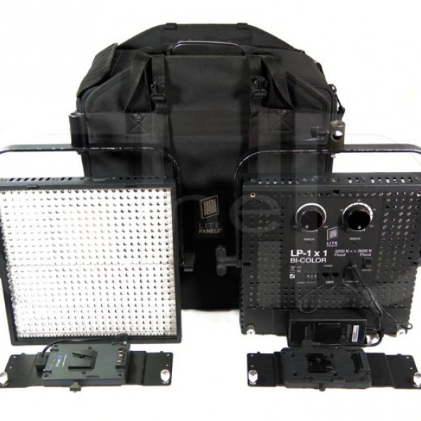 Bi-Colour (3200/5600K) LED light panel kit