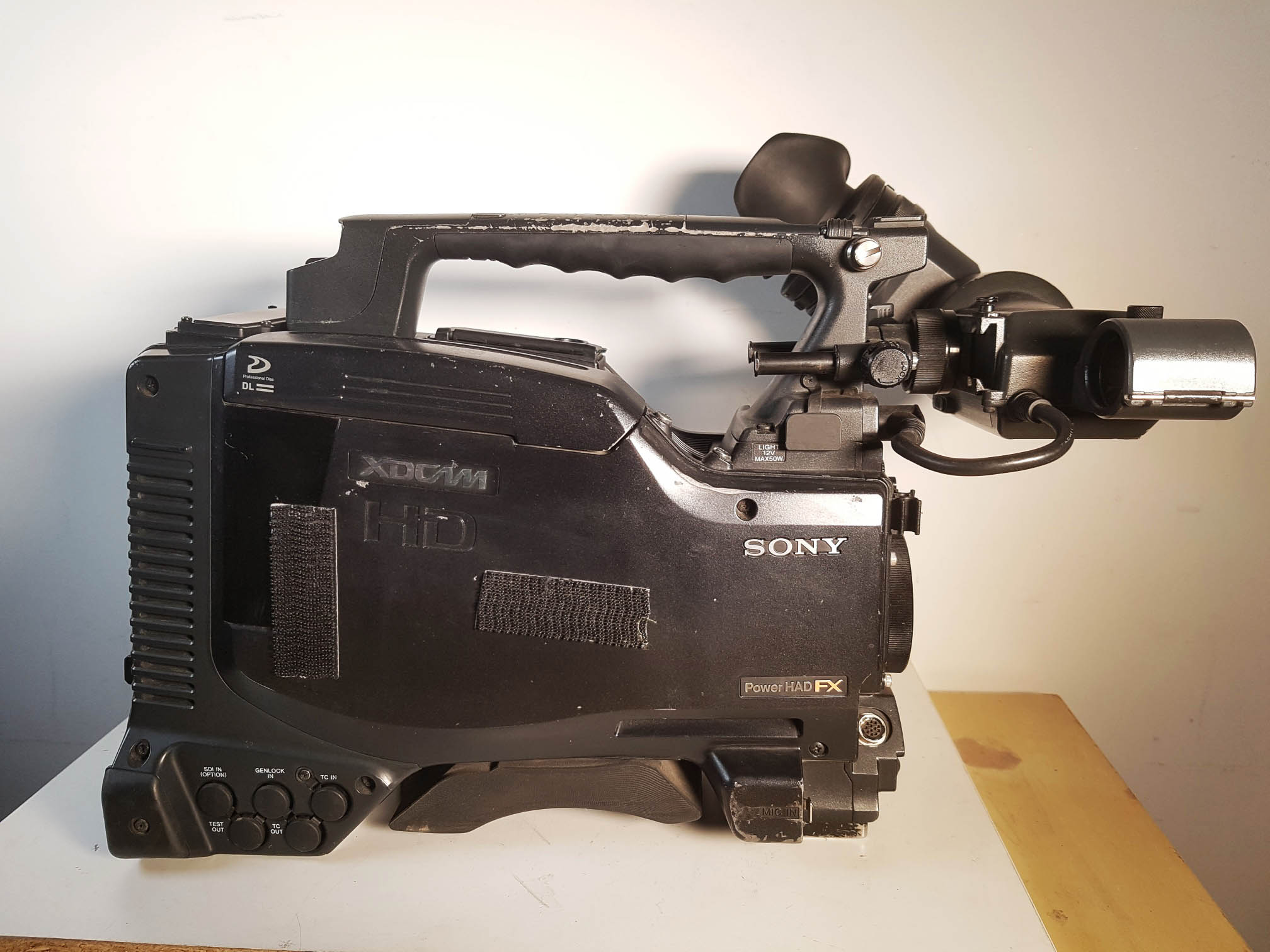 SONY PDW700 + HDVF-20A + SD option - Image #1