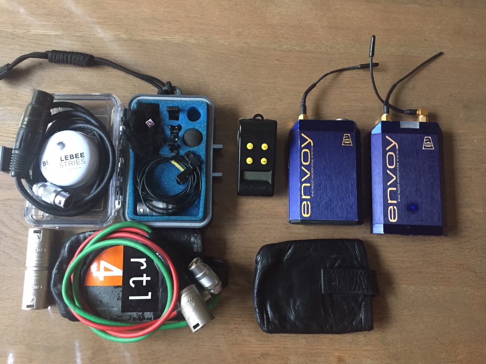 Audio Ltd. and Voice Technologies Blue Envoy TXir and CXir diversity radio set + lavalier - Image #1