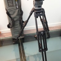 Carbon fiber tripod with mid-spreader,pan-arm handle and bag - 3 months warranty