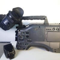 P2 HD camcorder with AJ-VF20WBE viewfinder + microphone - 3 months warranty