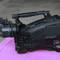 Sony PMW-500 with HDVF-20A Viewfinder