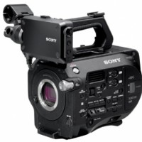 4K Super 35mm Exmor CMOS sensor XDCAM camera with ± Mount lens system, 4K/2K RAW and XAVC recording options