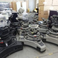 Used Vinten VECTOR 700 (used_1) – PAN AND TILTS HEADS