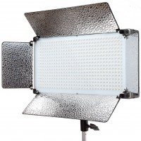 Adorama Offers Exclusive Discounts on the Flashpoint 500 LED Video 2-Light Kit