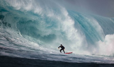 Insight TV Hits the Beach with Killer Wave Surf Show Chasing Monsters