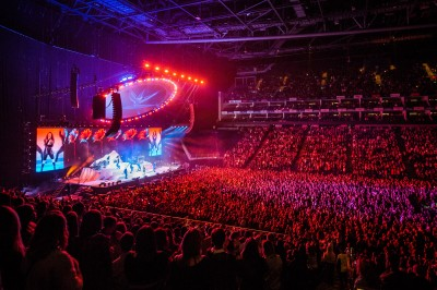 Jess Glynne and rsquo;s UK Tour Powered by Blackmagic Design