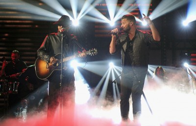 Ricky Martin and amp; Draco Rosa Get The Pointe at the 2013 Latin Grammys