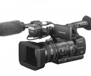 Sony unveils the ultimate Full-HD handheld camera with the latest technology, the HXR-NX5R
